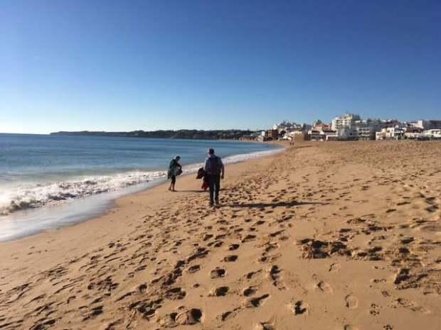 armacao beach walk